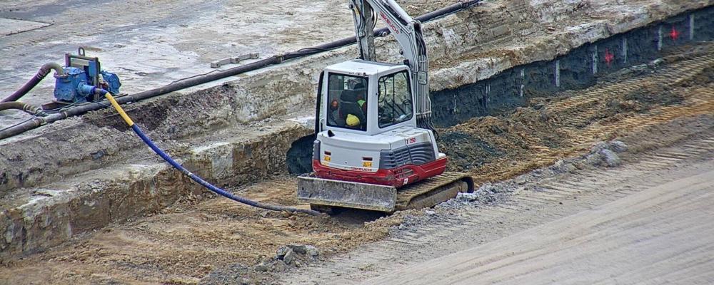 Vrijmaken en verankeren soilmixwand